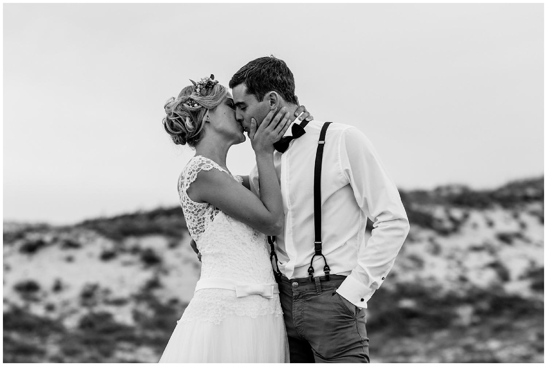 Un couple sur la plage au Cap-Ferret