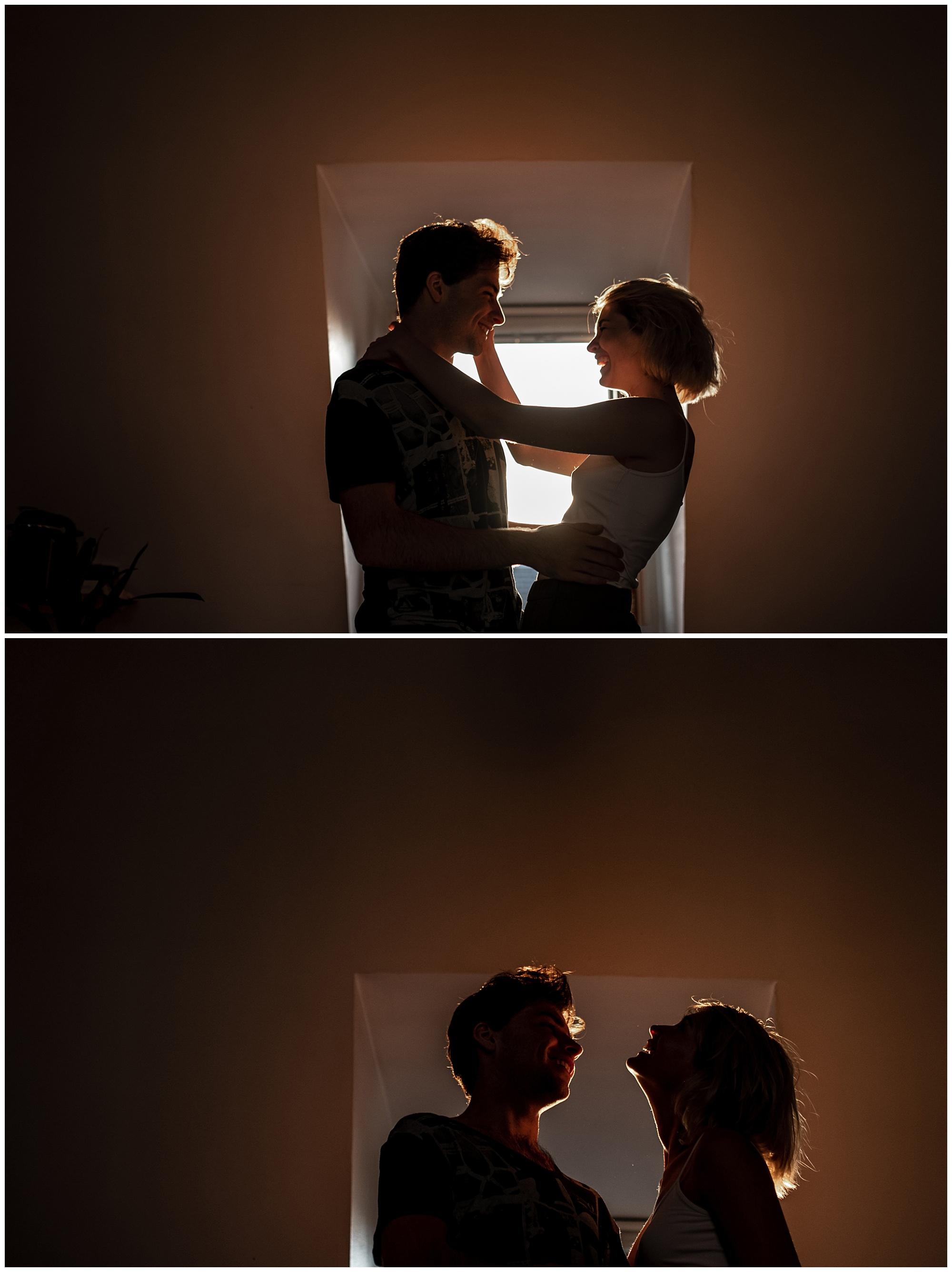 Deux amoureux dans leur appartement